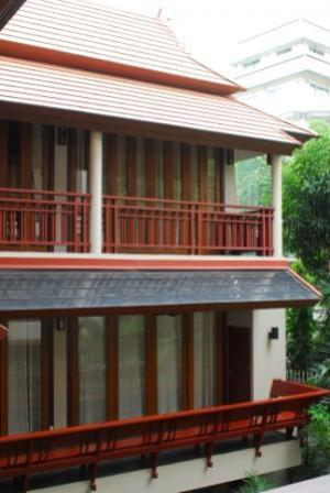 Single Thai Fusion House In Thonglor For Sale